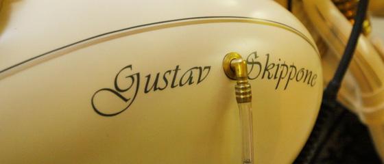 WHO IS GUSTAV SKIPPONE?
